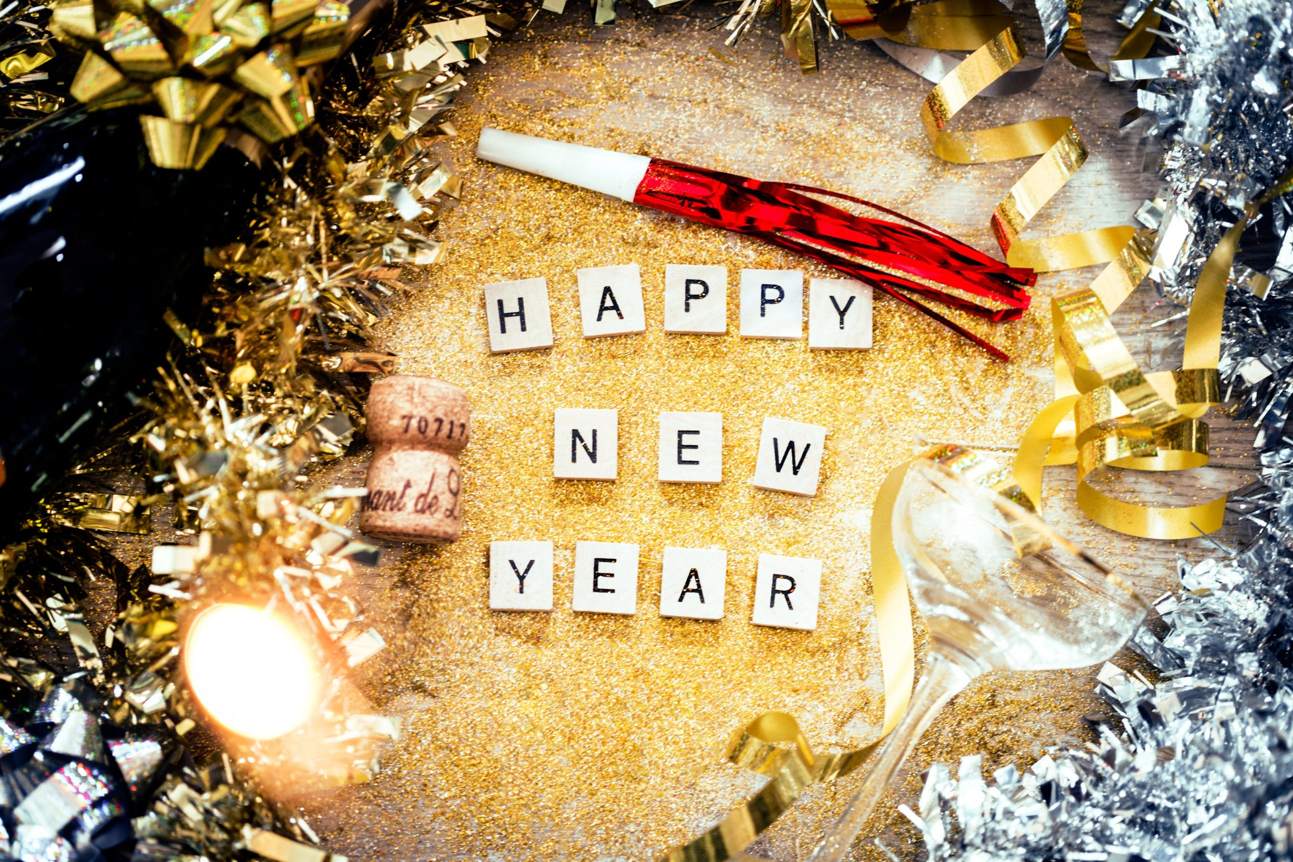 happy-new-year-letters-and-gold